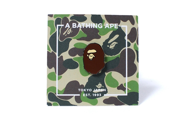 A BATHING APE® x Pintrill 打造联乘款胸章