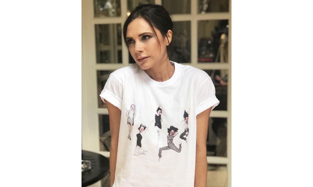 Victoria Beckham 亲自为红鼻子慈善日设计了一款限量 T 恤