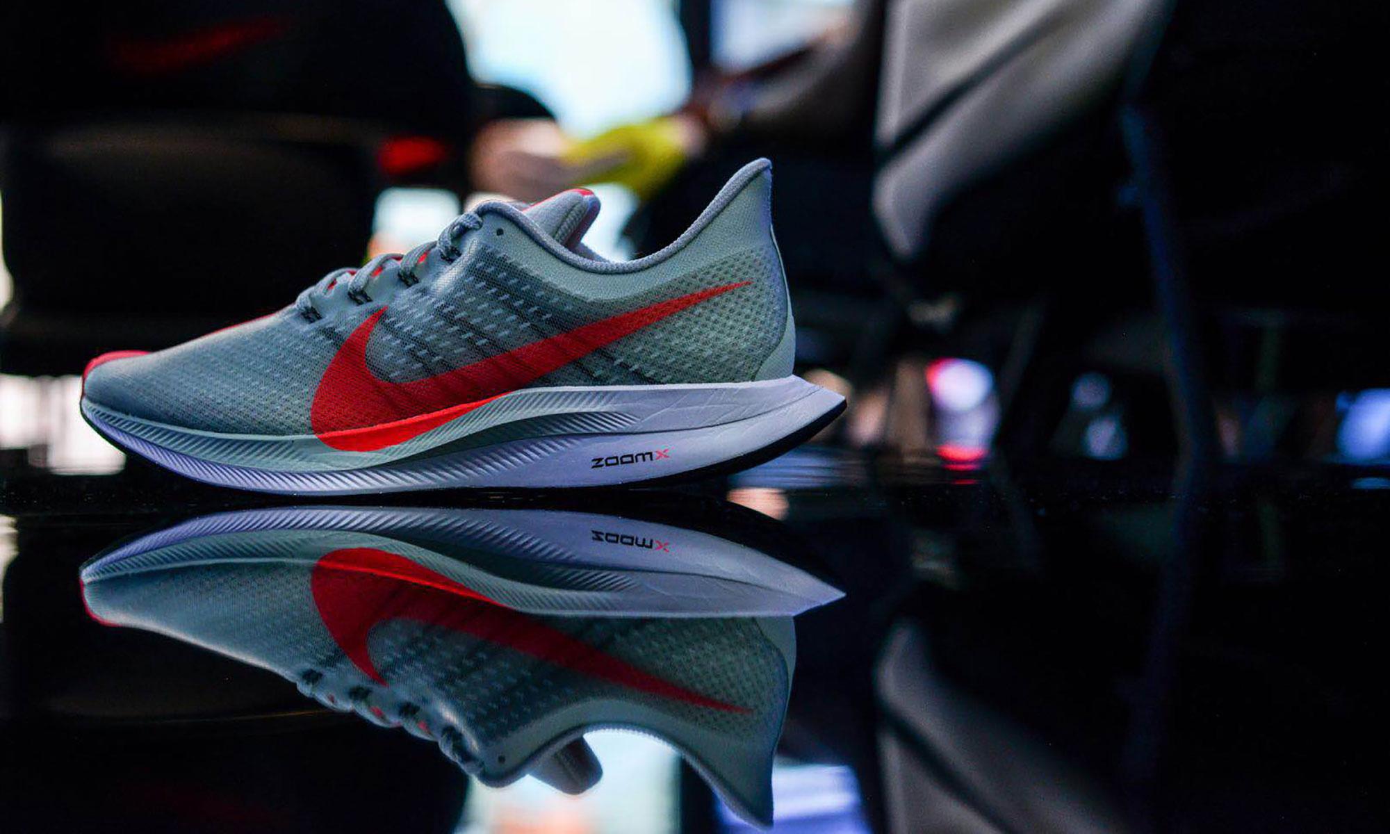 """在东京,我们见证了一双 """"涡轮加速"""" 的跑鞋诞生"""