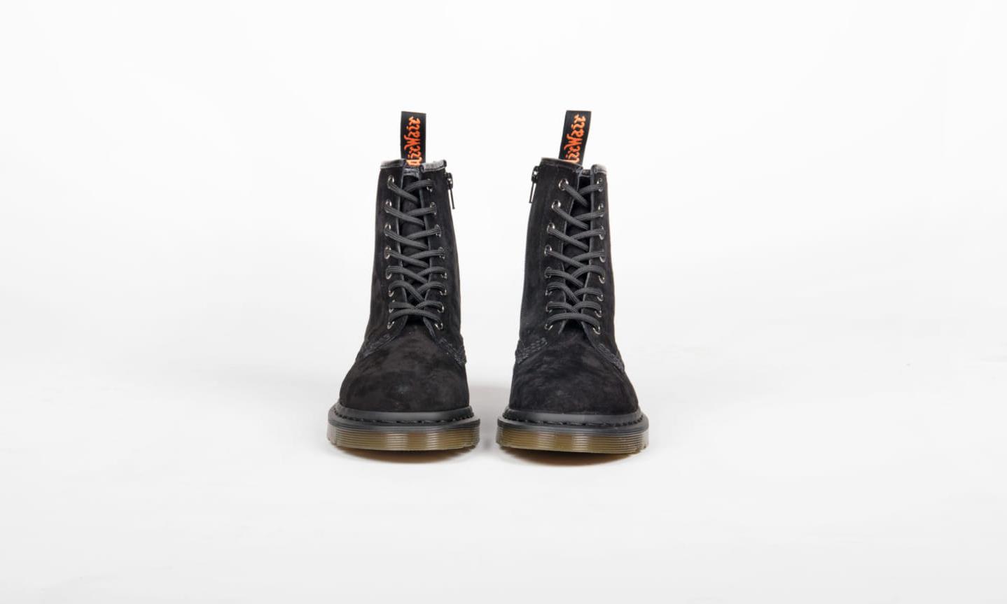 Dr. Martens x BEAMS 发布联乘 1460 系列 8 孔靴