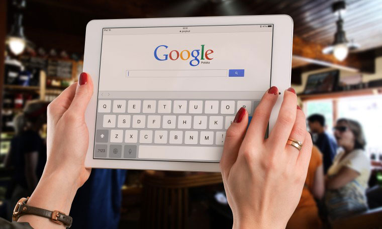 Google 花费 90 亿美元以继任 Apple 设备的默认搜索引擎