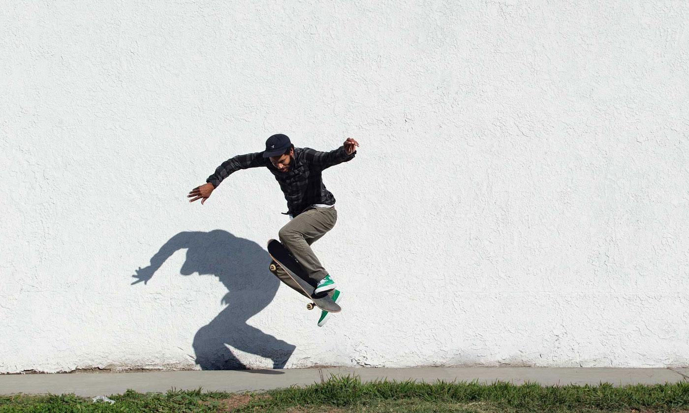 Vans 携手传奇滑手 Ray Barbee 打造个人配色鞋款