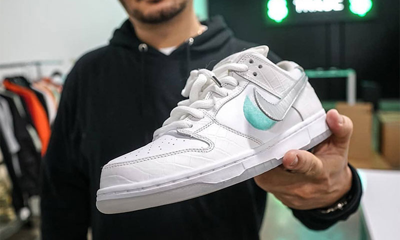 Diamond Supply Co. x Nike SB Dunk 白色版本曝光