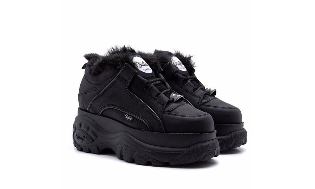 BUFFALO x Junya Watanabe 联乘厚底鞋现已开售