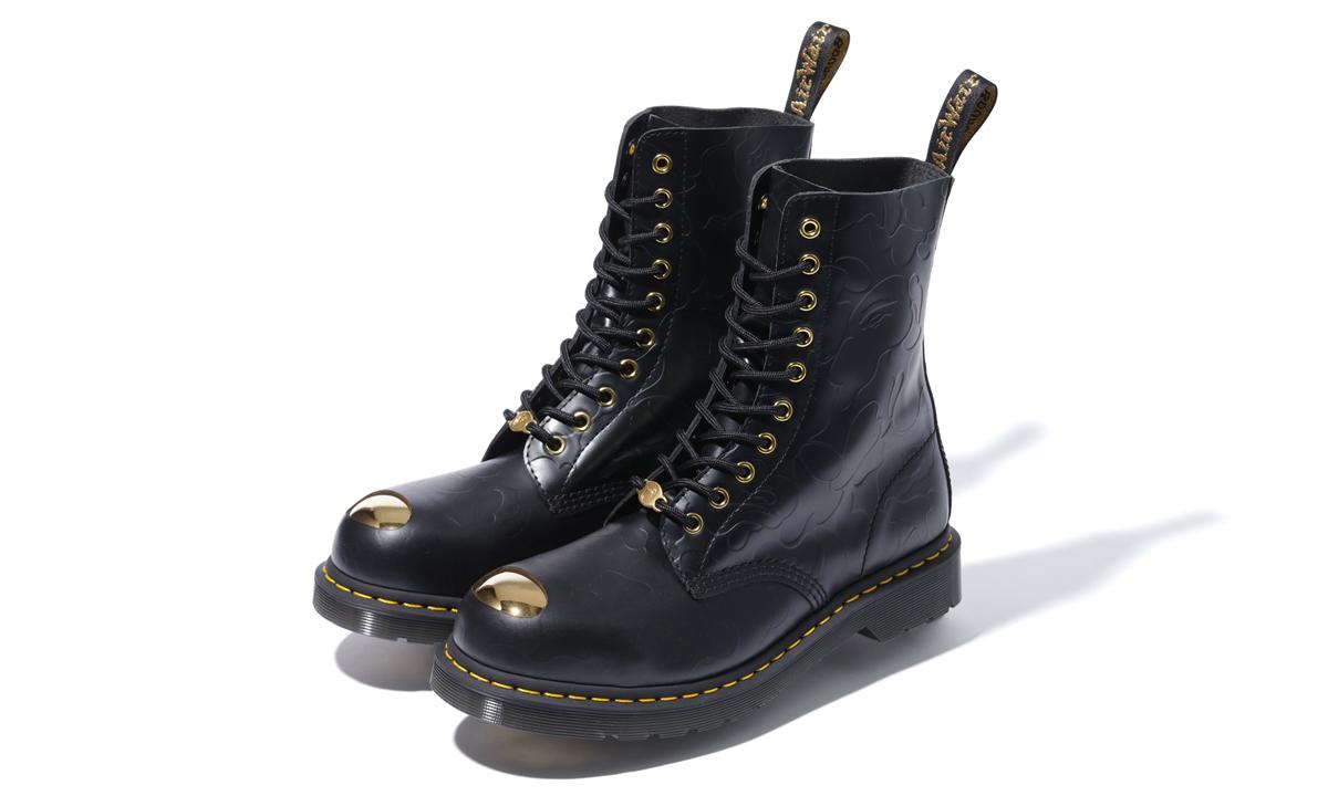 A BATHING APE® 与 Dr. Martens 带来全新联名鞋履系列