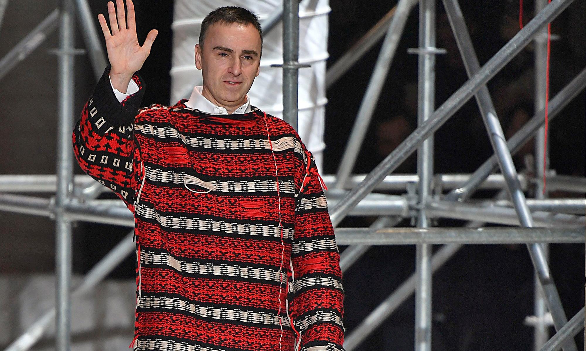 理念不合业绩不佳,Raf Simons 正式离任 Calvin Klein