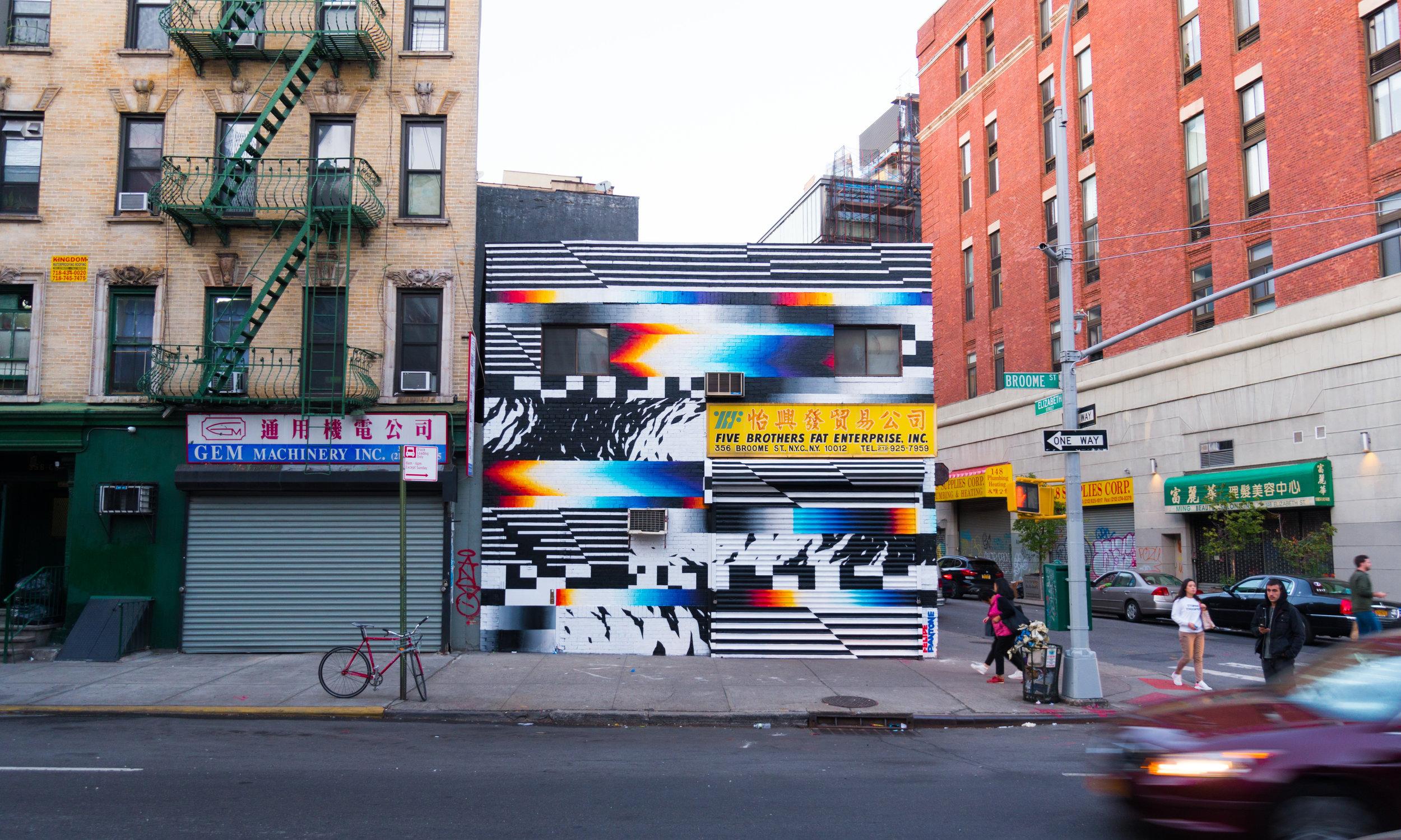 Felipe Pantone:用动态街头艺术探讨数字革命
