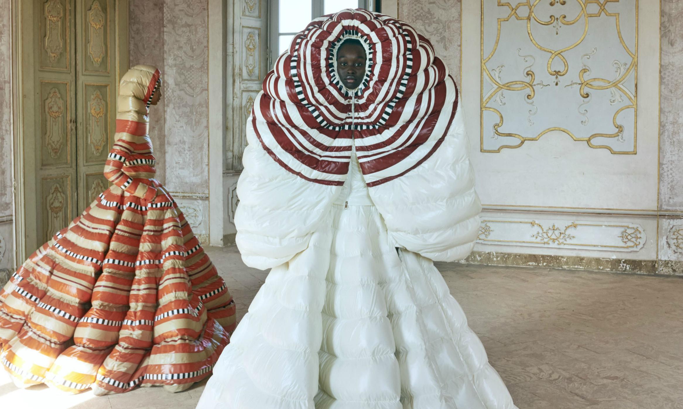 Moncler 携手 Valentino 创意总监 Pierpaolo Piccioli 带来羽绒服礼裙系列