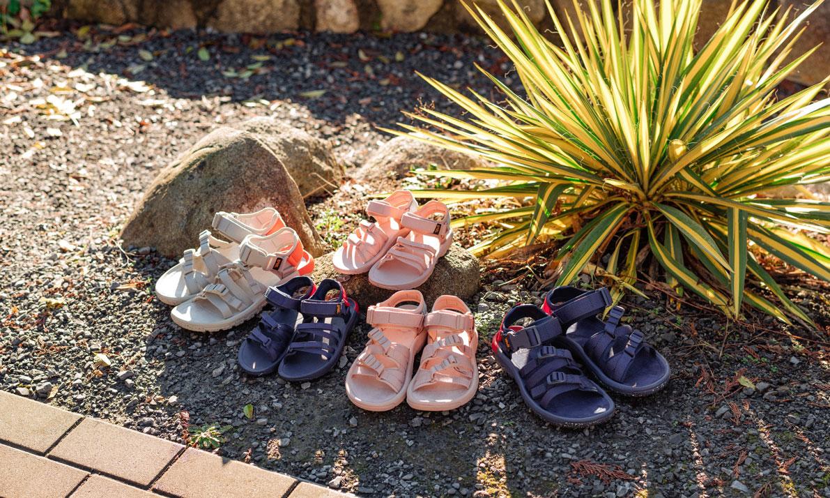 Herschel Supply 与 Teva® 联合发布全新凉鞋