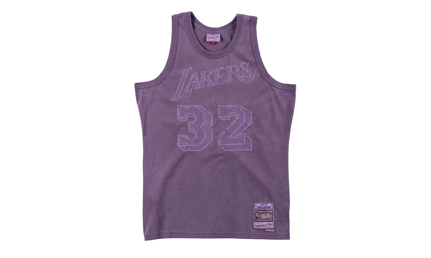Mitchell & Ness 推出褪色 NBA 球衫