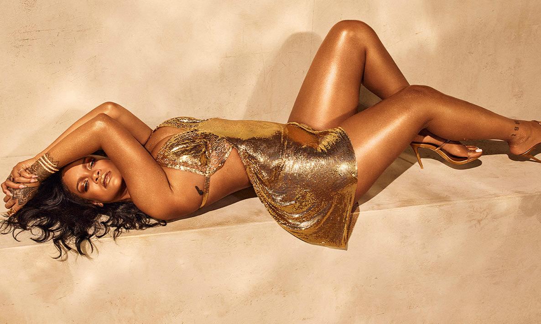 Rihanna 为 Fenty Beauty 新品身体高光拍摄写真及宣传片