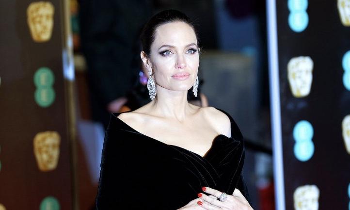 Angelina Jolie 将出演漫威超级英雄电影《永恒族》