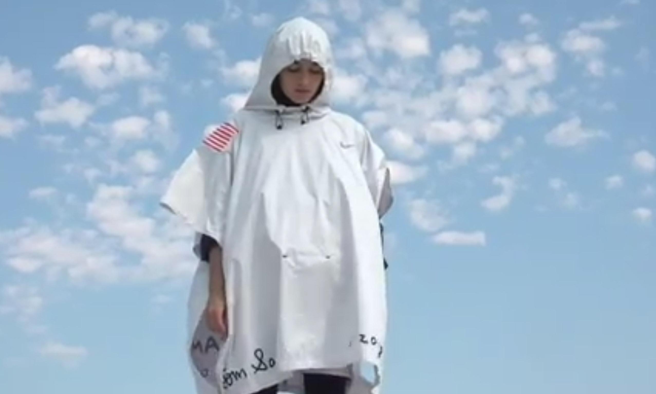 原来还能这样穿!Tom Sachs x Nike 联名斗篷视频预告发布