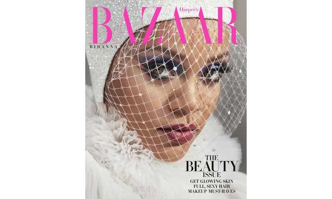 每年一次,Rihanna 本月再度登上《时尚芭莎》封面