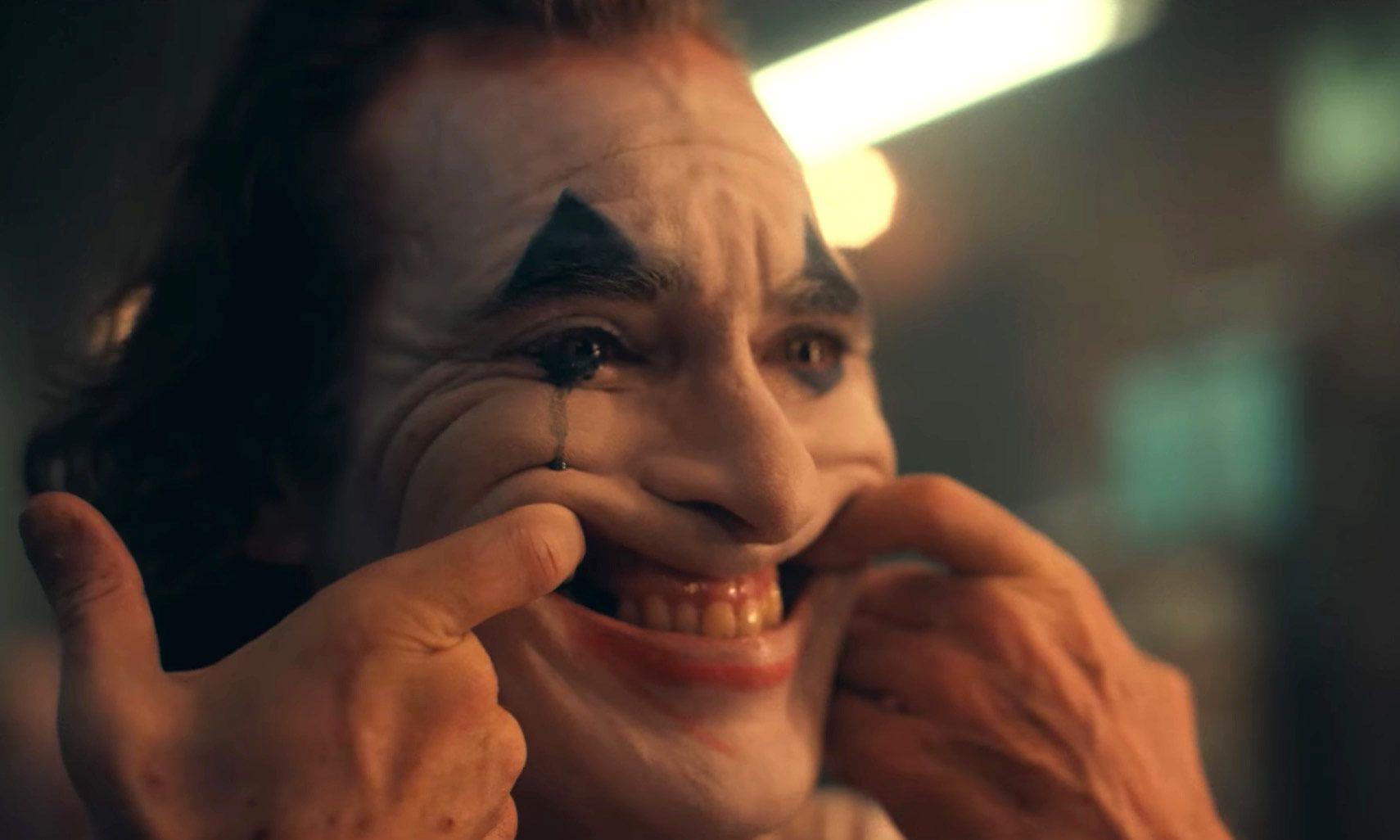 讲述小丑起源,DC 独立电影《Joker》预告片正式发布