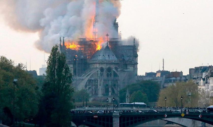 开云集团董事长 Francois-Henri Pinault 捐款 1 亿欧元用于圣母院修复工作