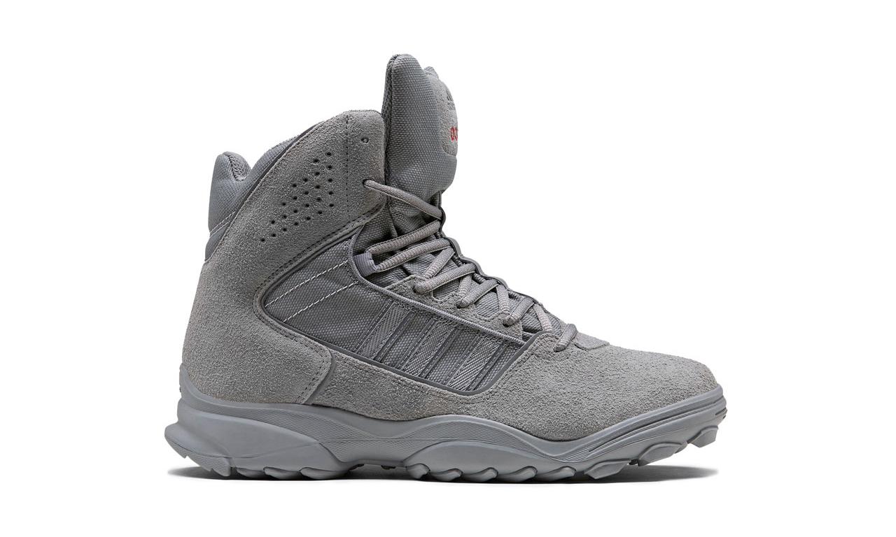 032c 联手 adidas 发布全新 GSG9.2 靴款