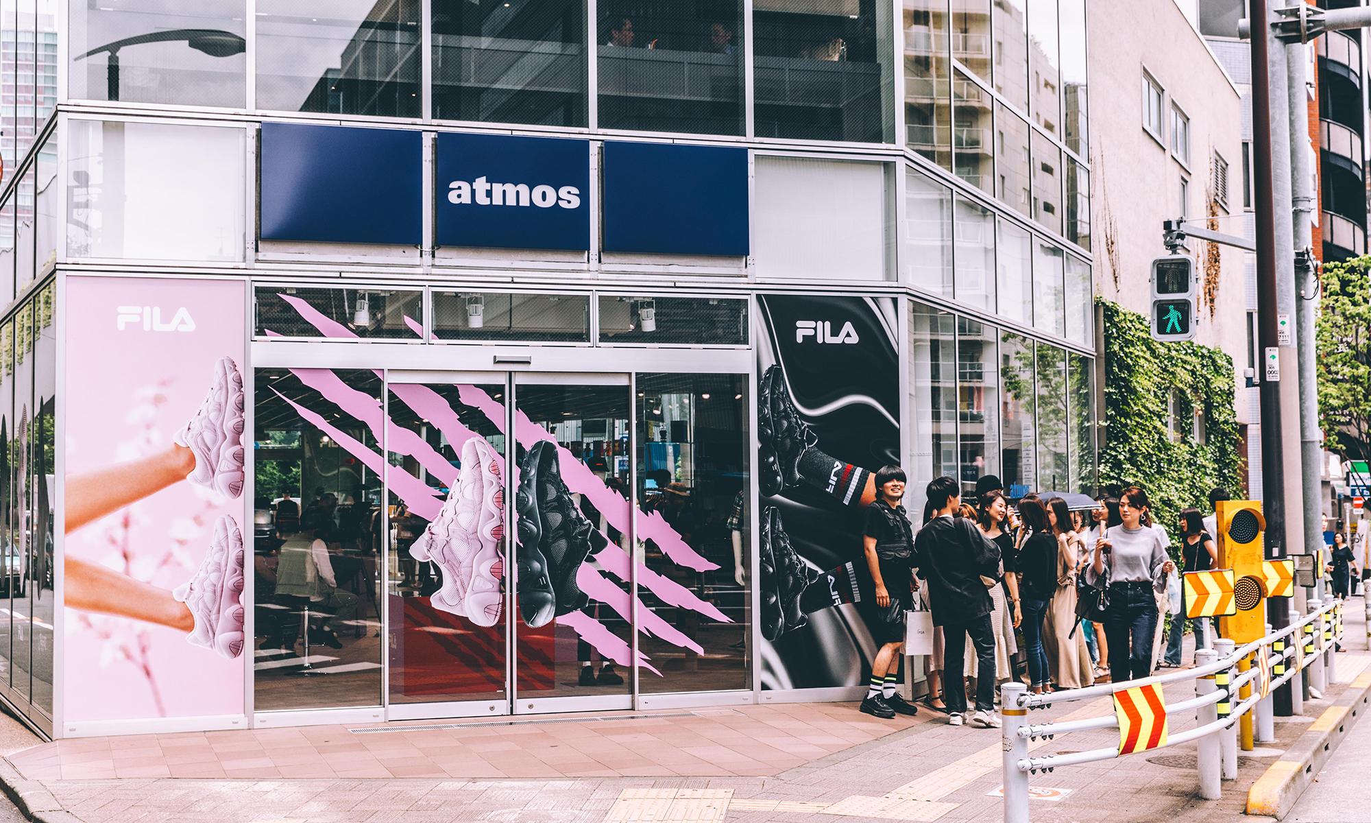 能在东京街头吸引数百人排队入手的…会是什么鞋?