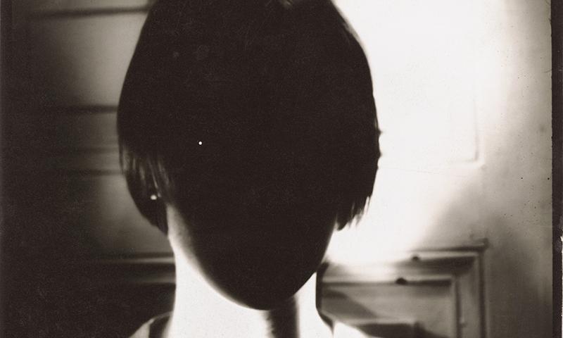 """""""Martin Margiela 1997-2004"""" 主题摄影展登陆巴黎"""