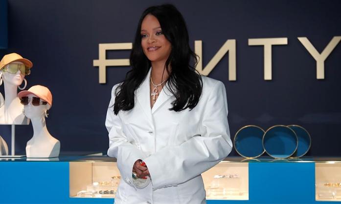 Rihanna 个人时装品牌 FENTY 将在纽约开设 Pop-Up 活动