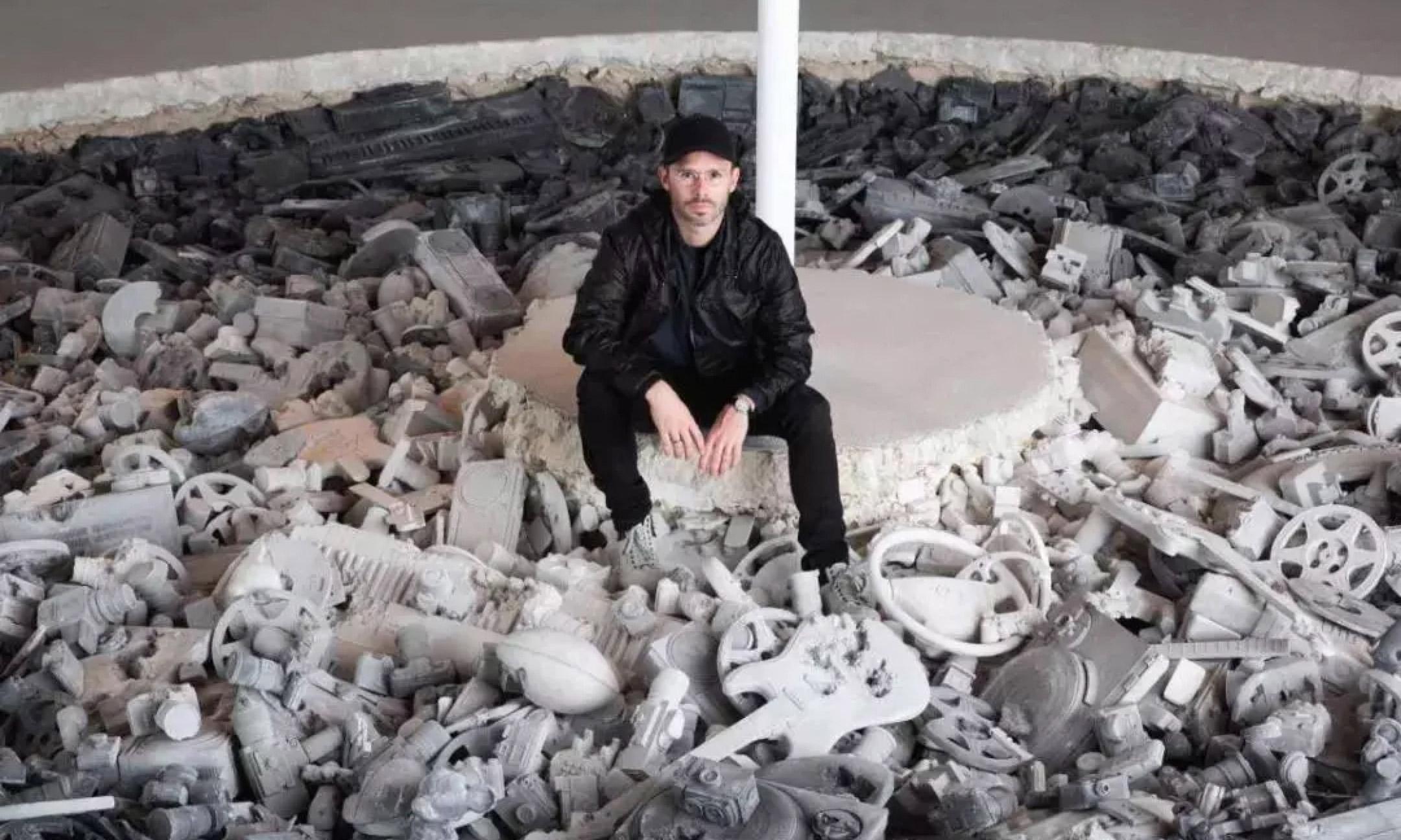 Daniel Arsham 亚洲首场美术馆大型个展暨限定商品即将登陆 HOW Store