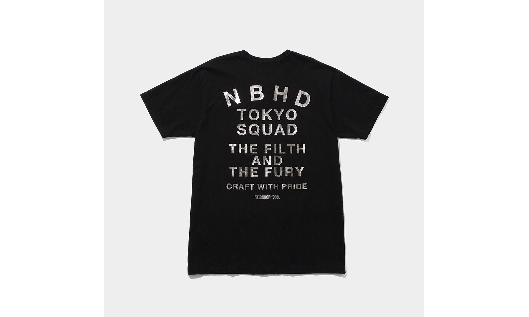 NEIGHBORHOOD x The Conveni T 恤系列正式发布