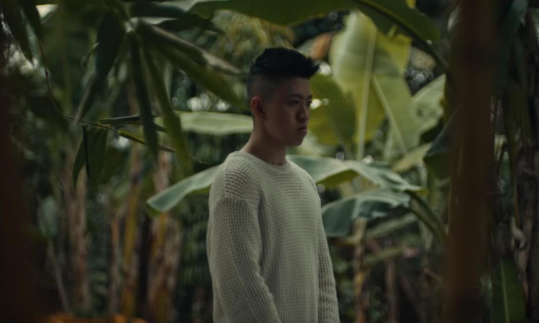 Rich Brian 首映摄于印尼的《The Sailor》专辑短片