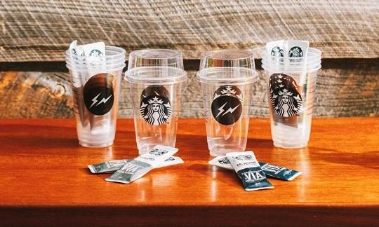 fragment design x Starbucks 推出即冲冰饮咖啡