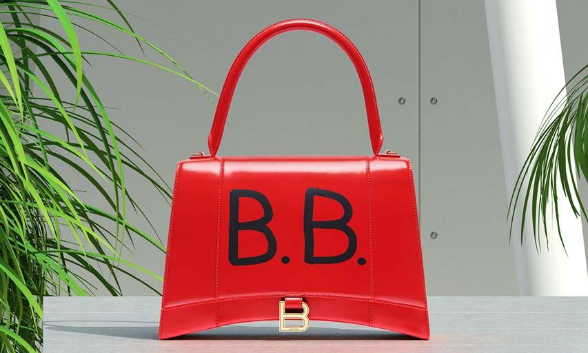 Balenciaga 推出全新店内包袋定制服务
