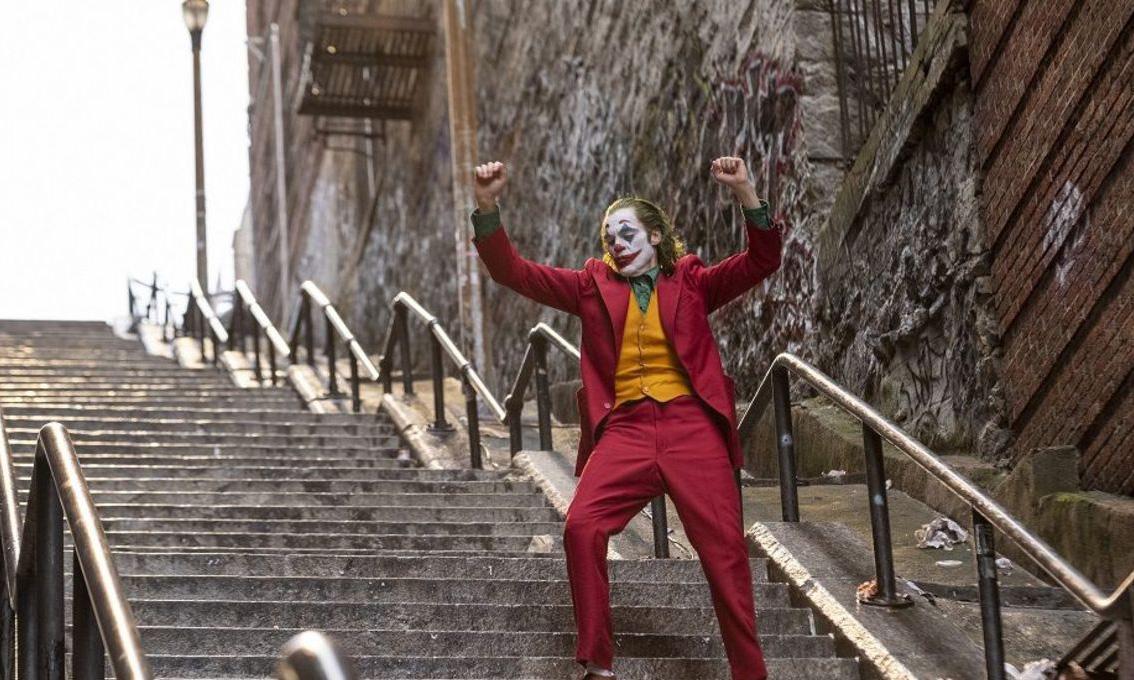 《小丑》夺得威尼斯电影节金狮奖最佳影片