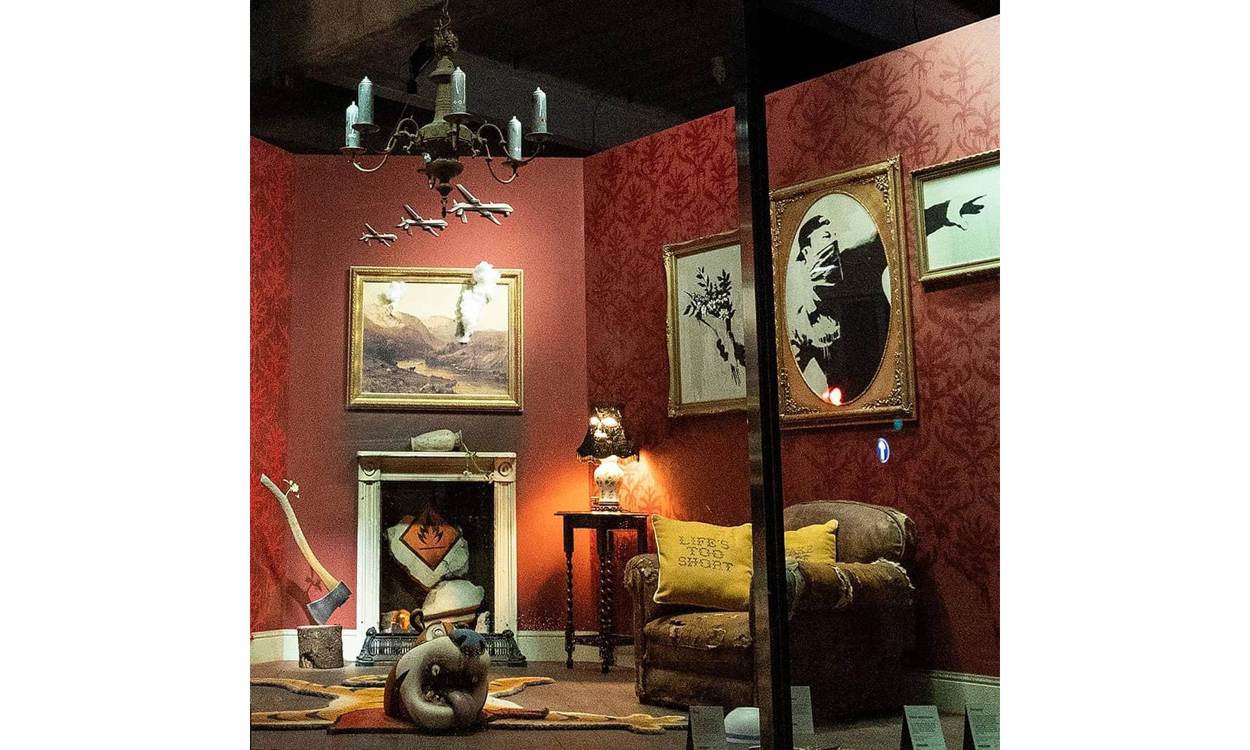 """主动出击到被逼无奈,Banksy 在伦敦 """"开了一家店"""""""