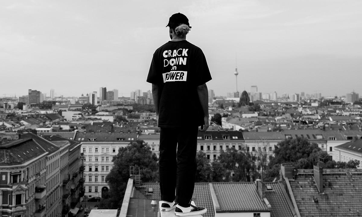 Vans 与柏林精品店 Firmament 即将发布全新联名系列