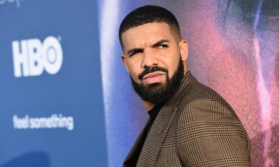 Drake 作为嘉宾被「嘘」下台,Tyler, The Creator 很生气