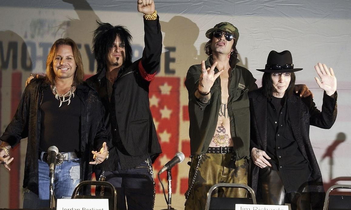 传奇摇滚乐队 Mötley Crüe 即将重组回归