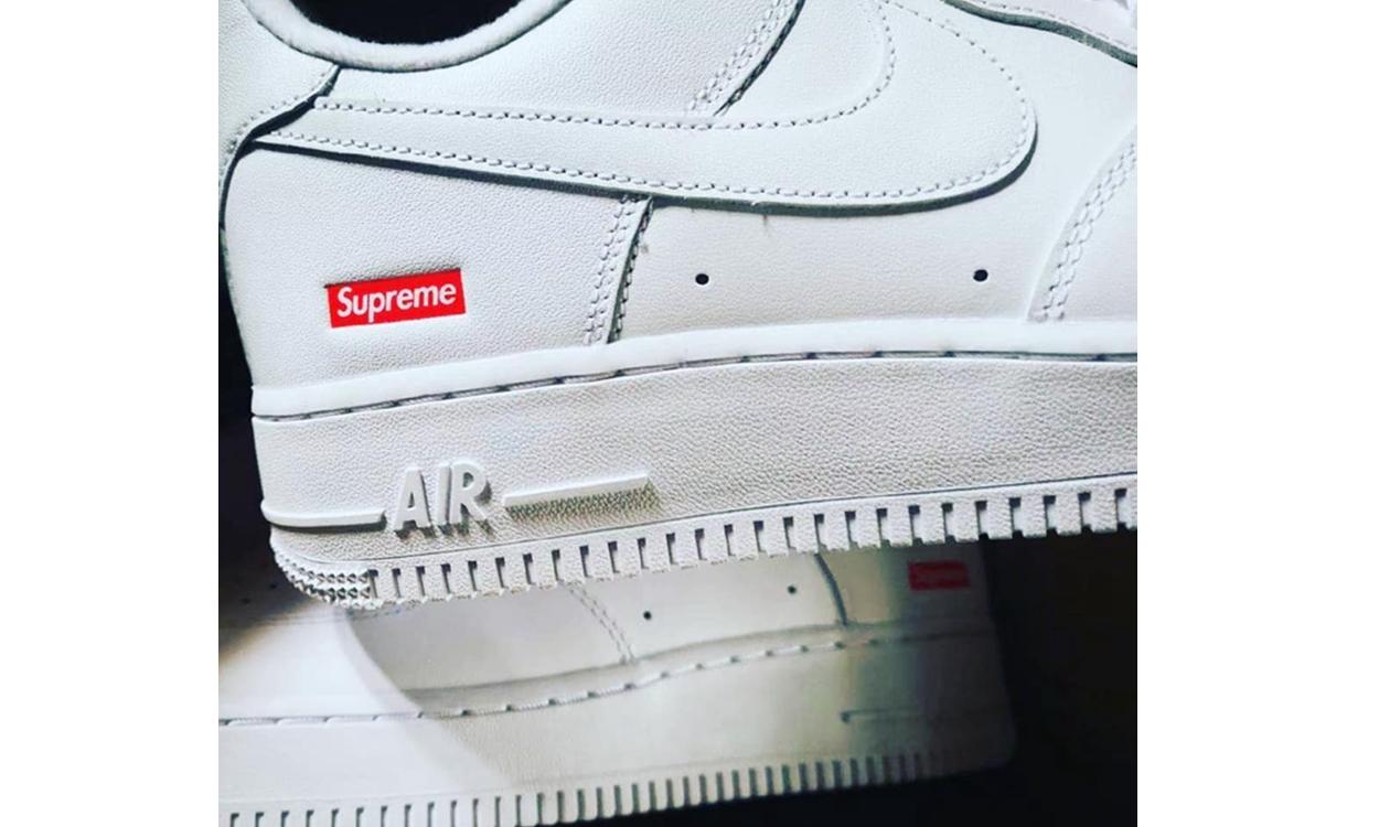 Supreme x Nike Air Force 1 联名鞋款实物疑似曝光