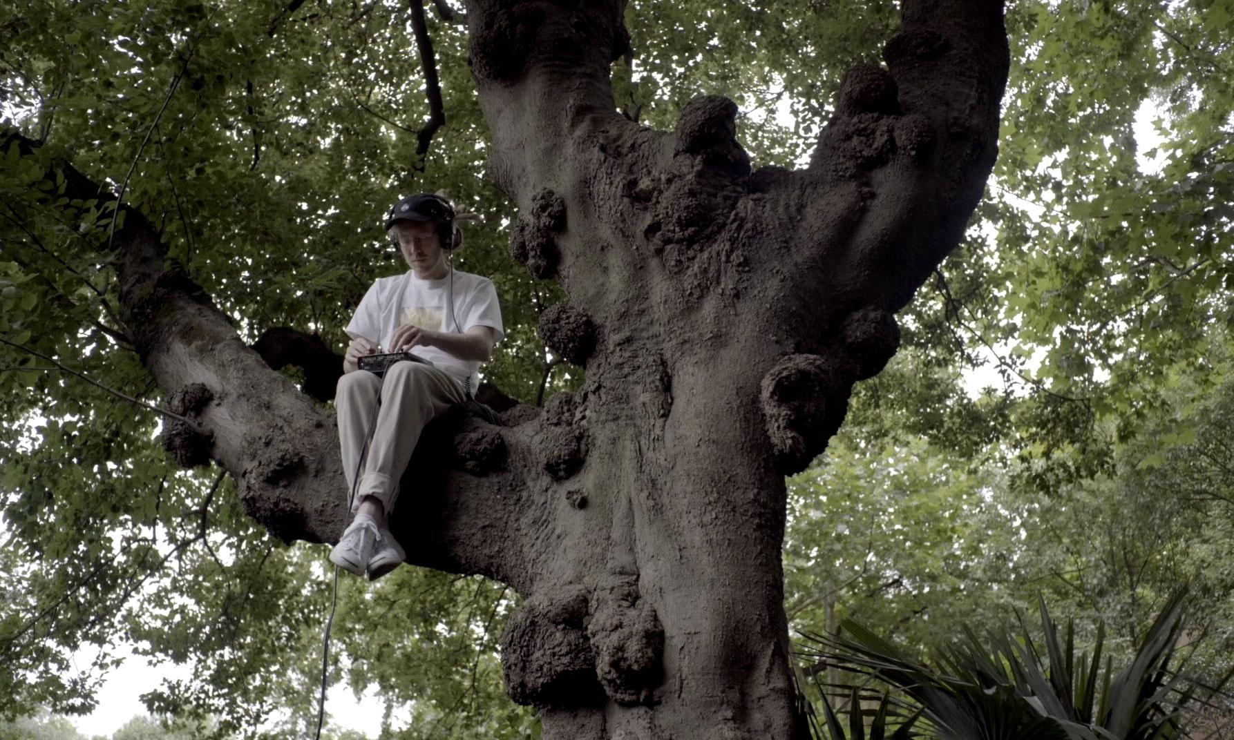 《INSIDE OUT》纪录片企划第三集发布:Cruel Buddhist