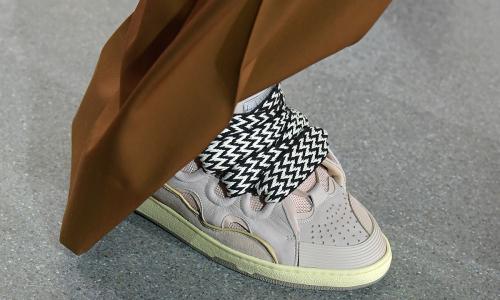 Lanvin 新款球鞋向 00 年代鼎盛滑板文化致敬