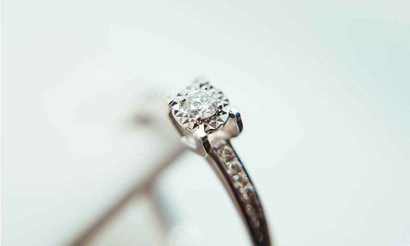 Swarovski 宣布将推出亲民的全新钻石饰品系列