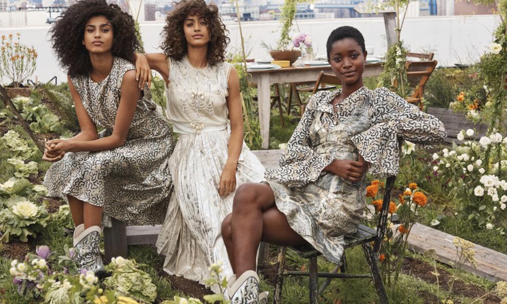 H&M 成为首个使用化学回收纤维的快时尚品牌