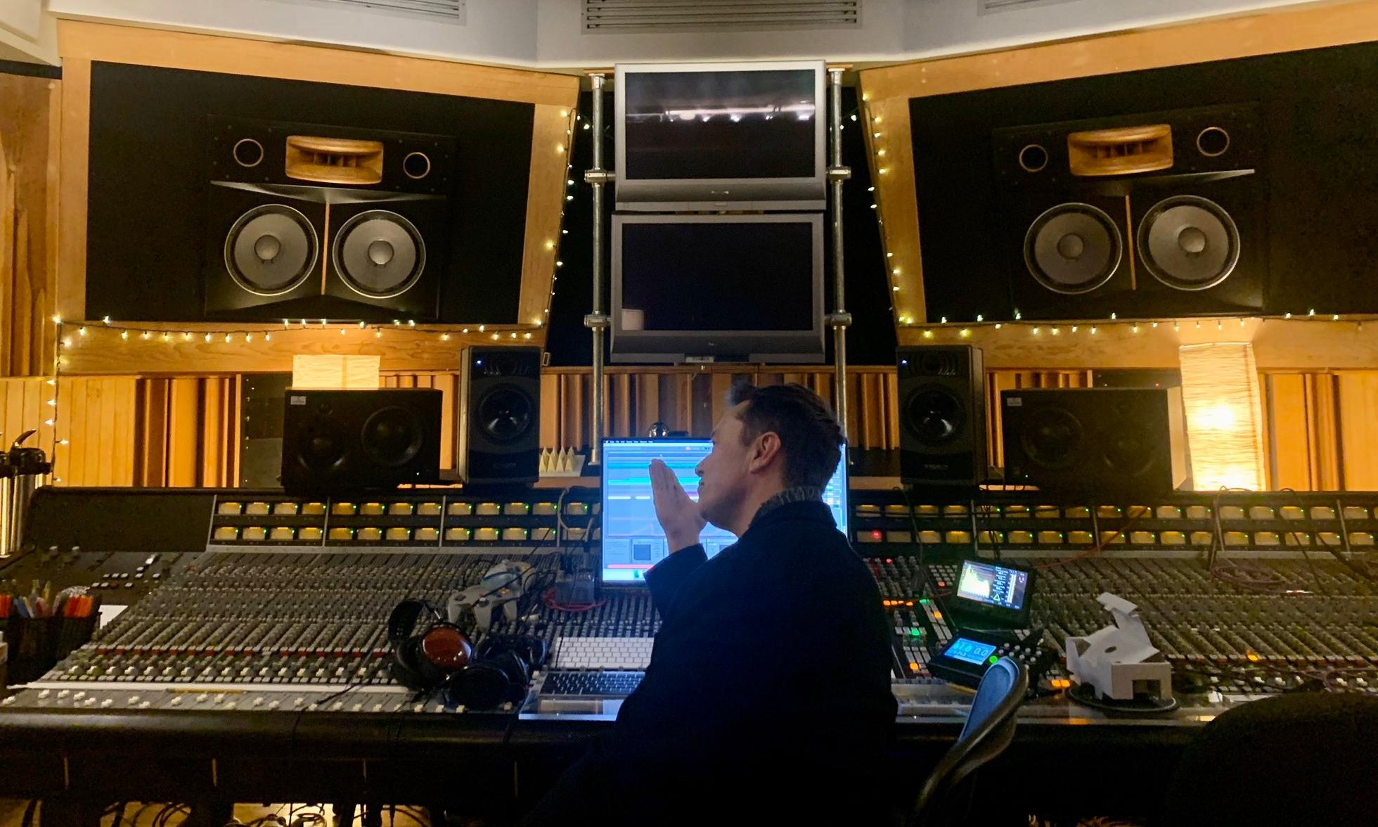 特斯拉创始人 Elon Musk 发布第二首原创单曲