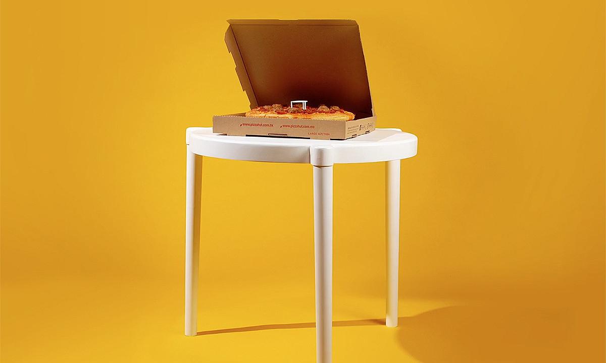 「小桌」变大,IKEA x 必胜客玩趣联名食、玩两不误