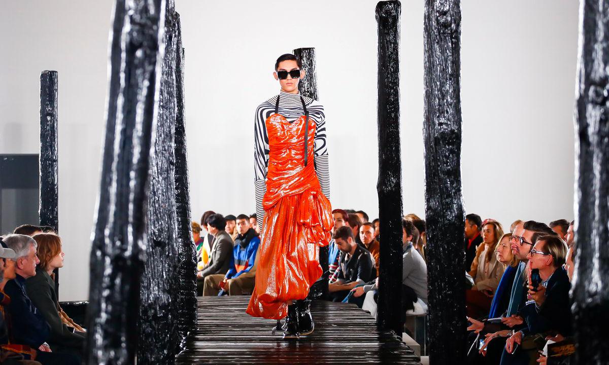 我们应该如何看待性别流动下的当代男装设计?