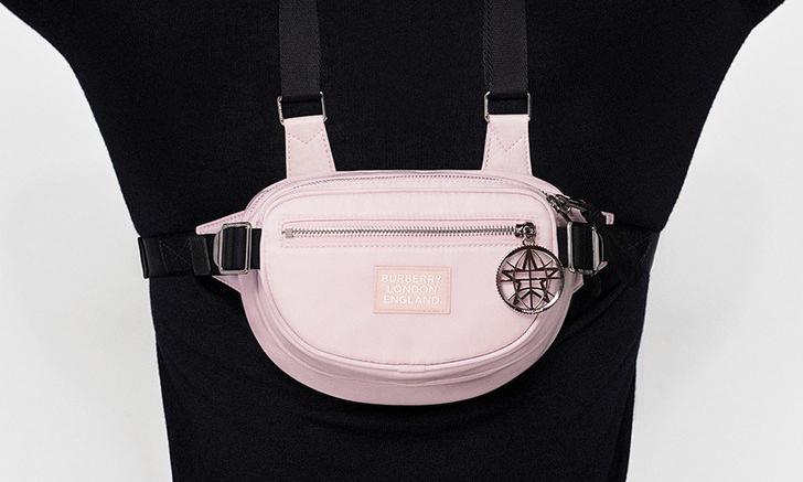 24 小时快闪,Burberry 最新限定款粉色腰包发售