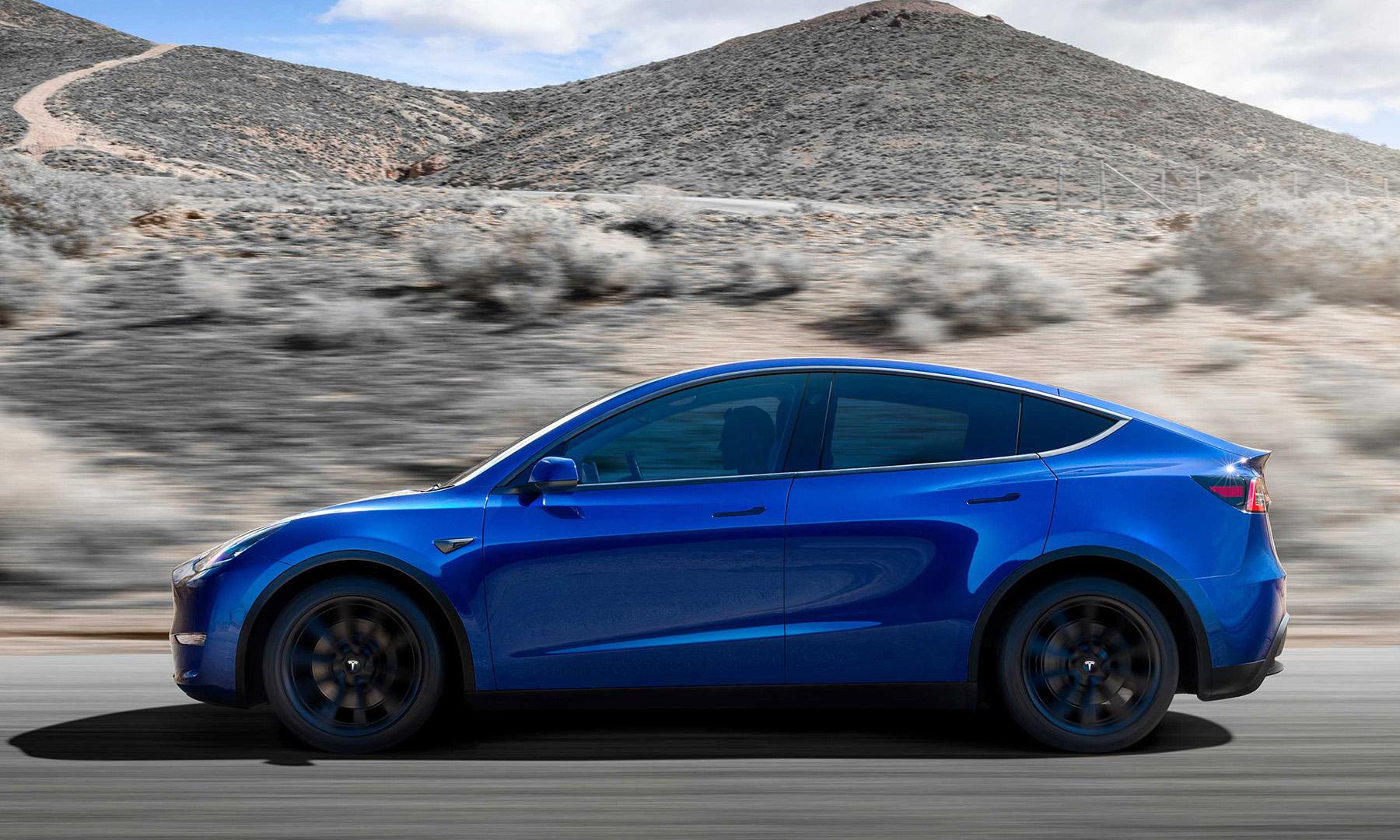 Tesla Model Y 提前半年开始交付