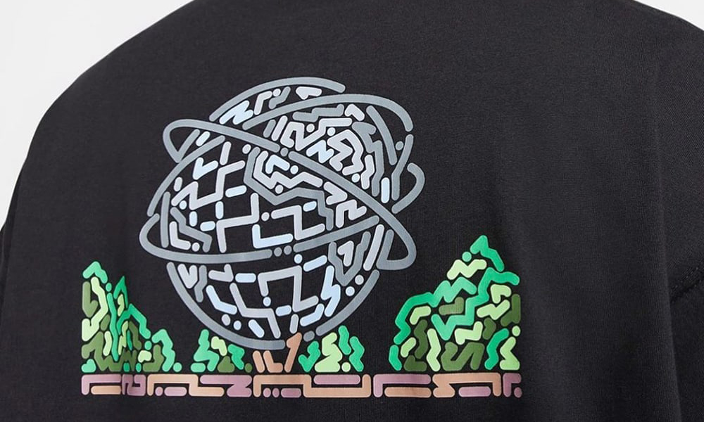 与韩国艺术家 Yoon Hyup 合作,Nike SB 全新胶囊 T 恤系列正式发售