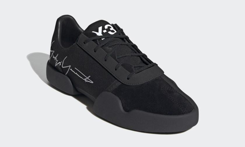 科技与滑板元素并存的 Y-3 最新 Yunu 鞋型来袭