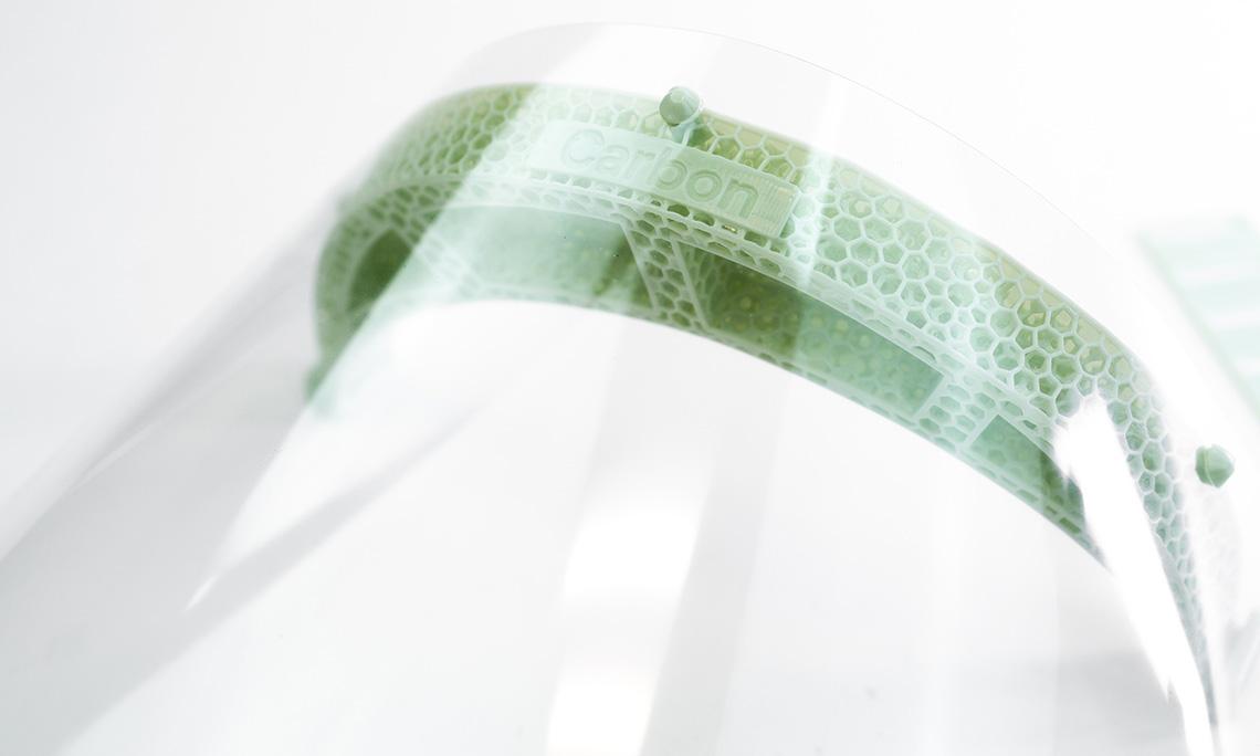 adidas 将 3D 打印技术用于制作医护面罩
