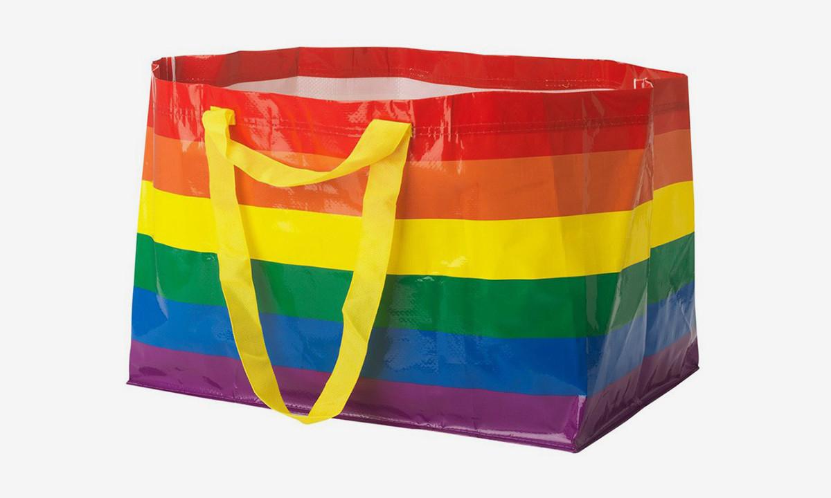 IKEA 推出全新彩虹 FRAKTA Bag 以庆祝同志骄傲月