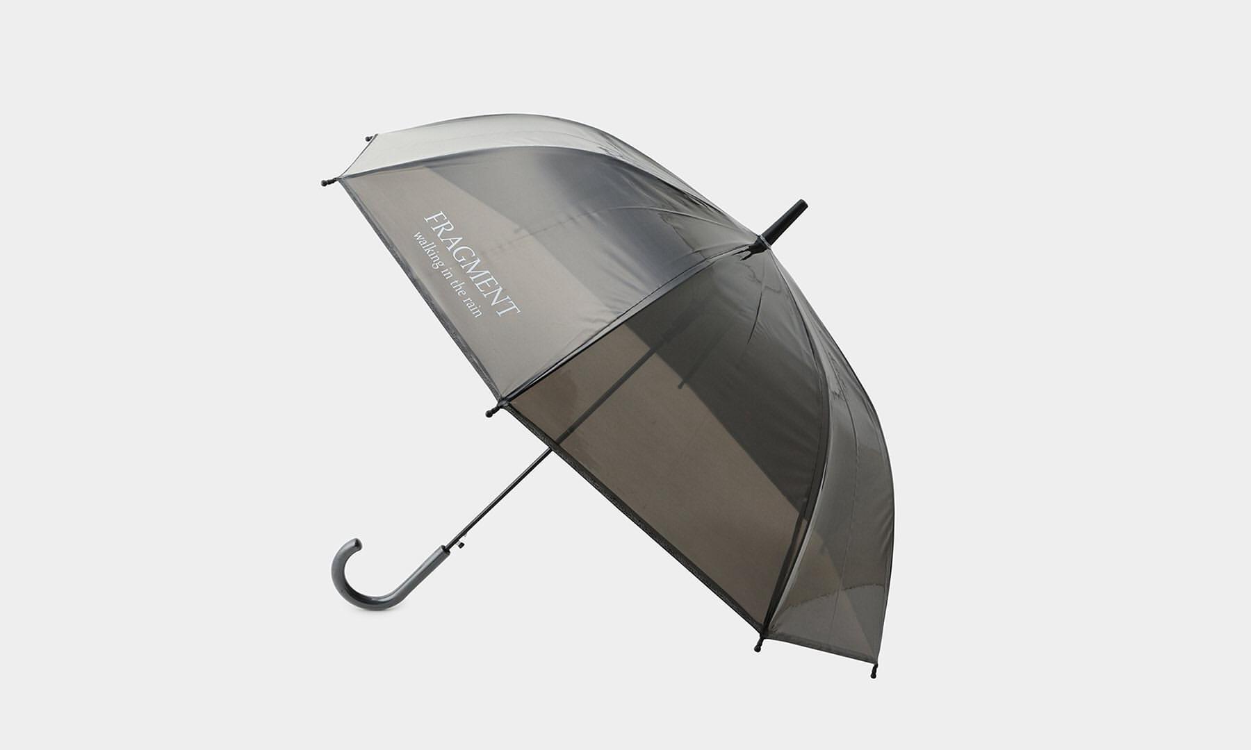 迎接梅雨季节,THE CONVENI 推出「fragment umbrella」周边