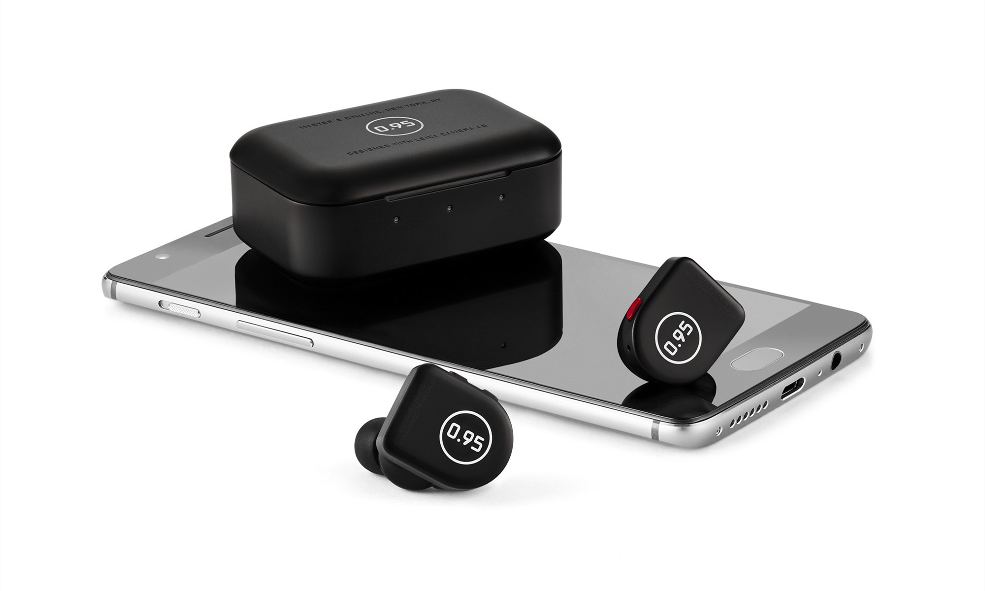 父亲节甄选,Master & Dynamic 与徕卡相机联袂推出新款耳机